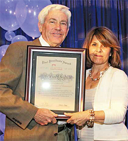 David Snyder of Snyder Optometry Receives Past Presidents' Award from the Alhambra Chamber of Commerce